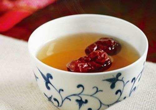 红枣泡茶的功效