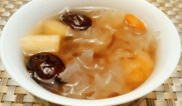 红枣煮汤的功效