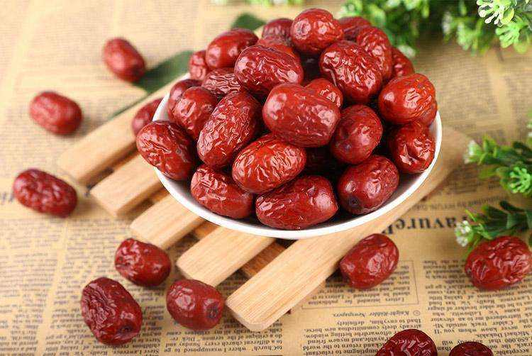 高血压能吃红枣吗