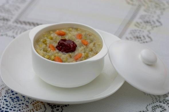 绿豆红枣粥的做法和功效