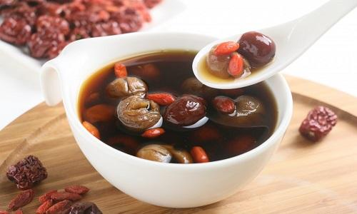 红枣桂圆枸杞茶的做法