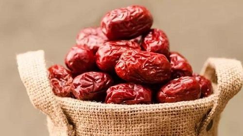 睡眠不好吃红枣,还能健脾益胃