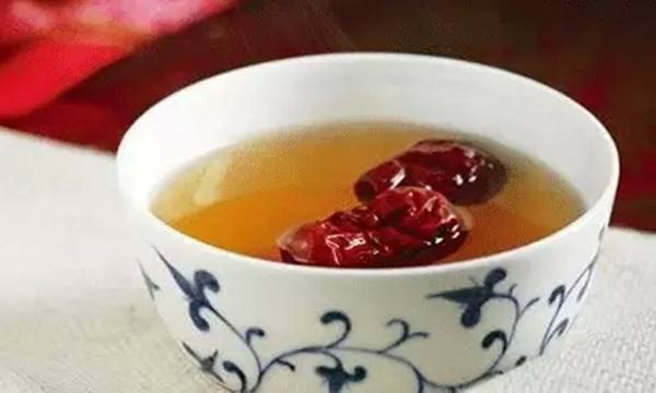 红枣泡水的误区
