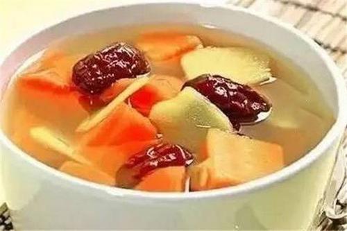 红枣胡萝卜汤