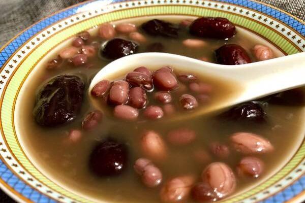 红枣花生红糖汤的做法