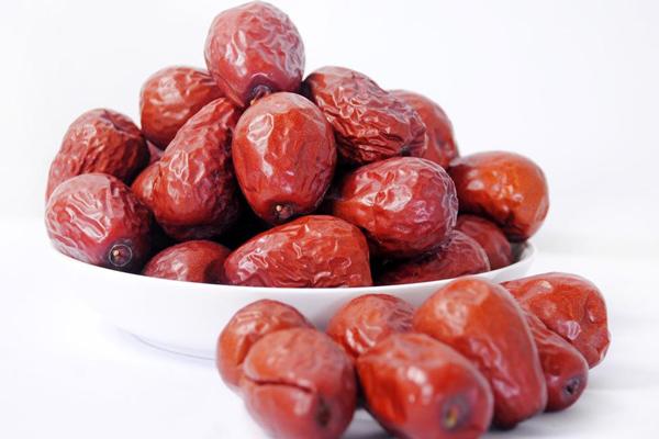 新疆大红枣图片