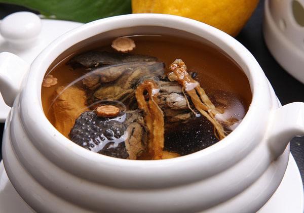 北芪红枣乌鸡汤的功效与作用