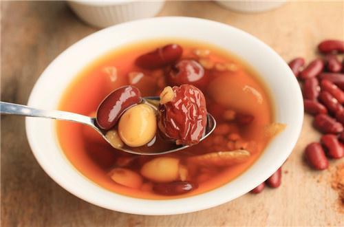 红枣熬汤好吃又养生