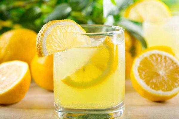 蜂蜜柠檬水的禁忌