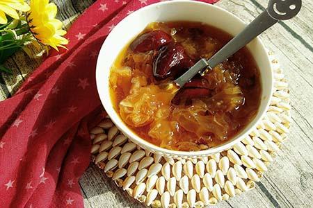 红枣银耳汤