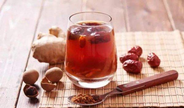 生姜桂圆红枣茶