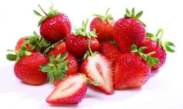 吃草莓的功效